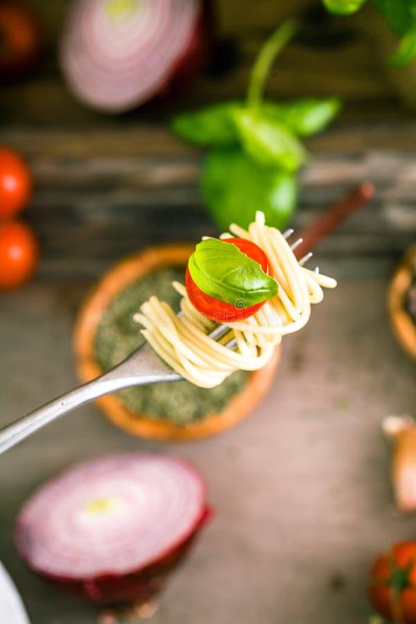 Pâtes avec l'huile d'olive images stock