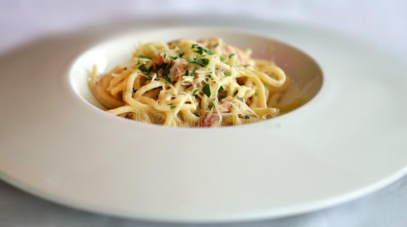 Pâtes Carbonara de spaghetti image libre de droits