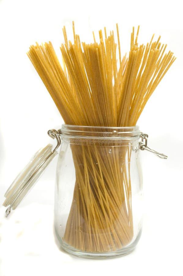 Pâtes de blé entier images stock