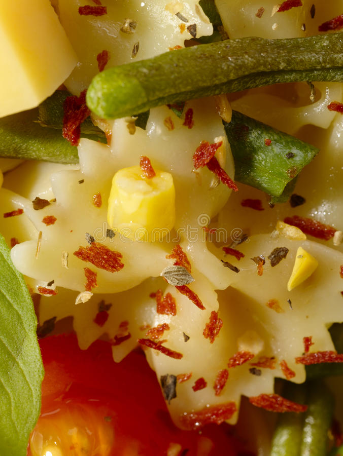 Pâtes italiennes avec les haricots verts photo libre de droits