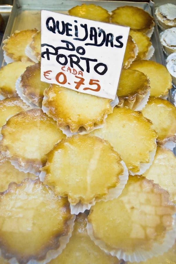 Pâtisseries de Queijadas à Porto, Portugal image stock