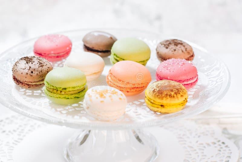 Pâtisseries françaises de Macarons image stock