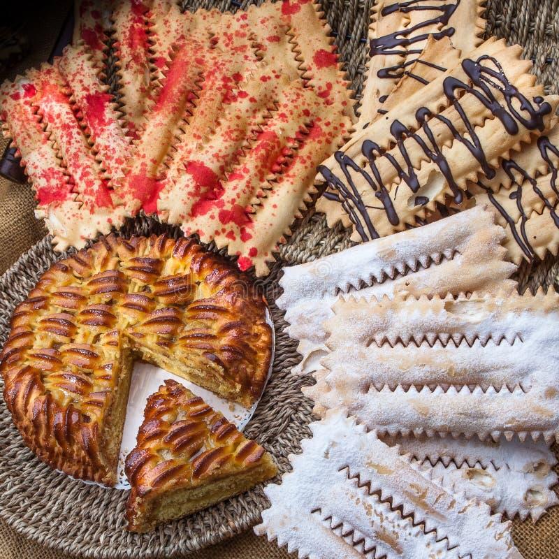 Pâtisseries italiennes pour les casse-croûte et le petit déjeuner image stock