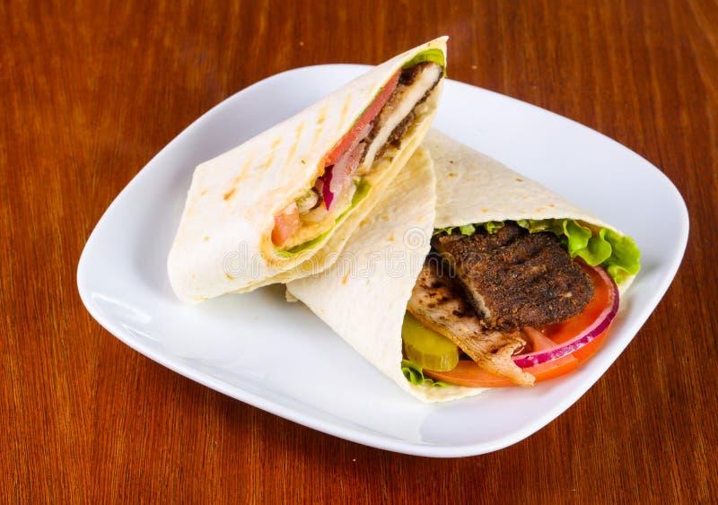 Pão árabe com carne foto de stock