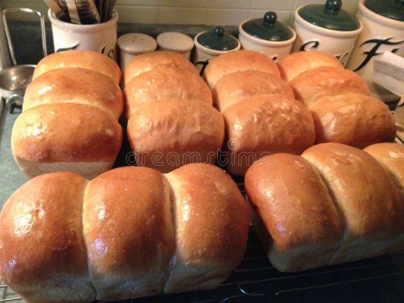 Pão branco caseiro recentemente feito imagem de stock royalty free