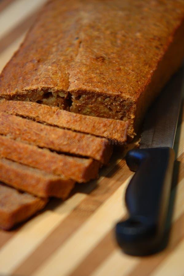 Download Pão caseiro foto de stock. Imagem de lunch, nutrition, marrom - 533740