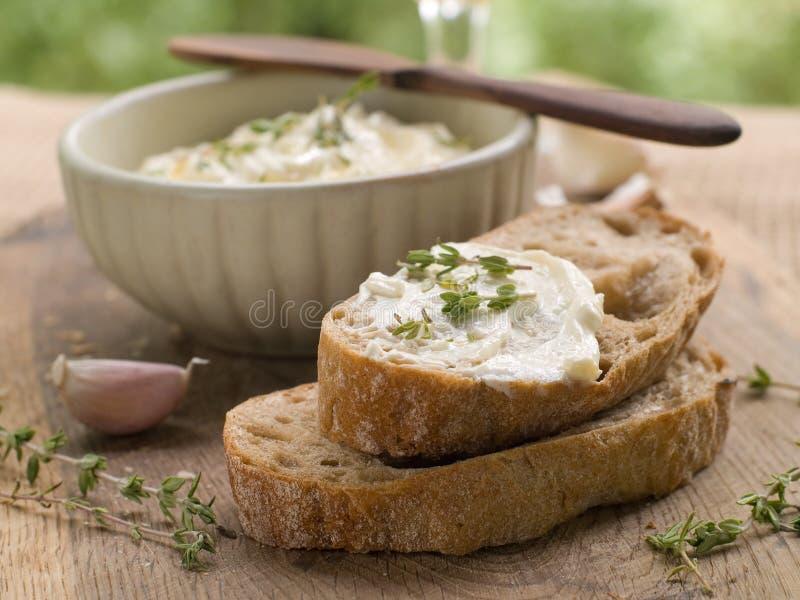 Pão com mergulho de queijo fotografia de stock royalty free
