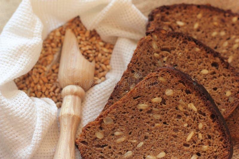 Pão de centeio caseiro imagem de stock