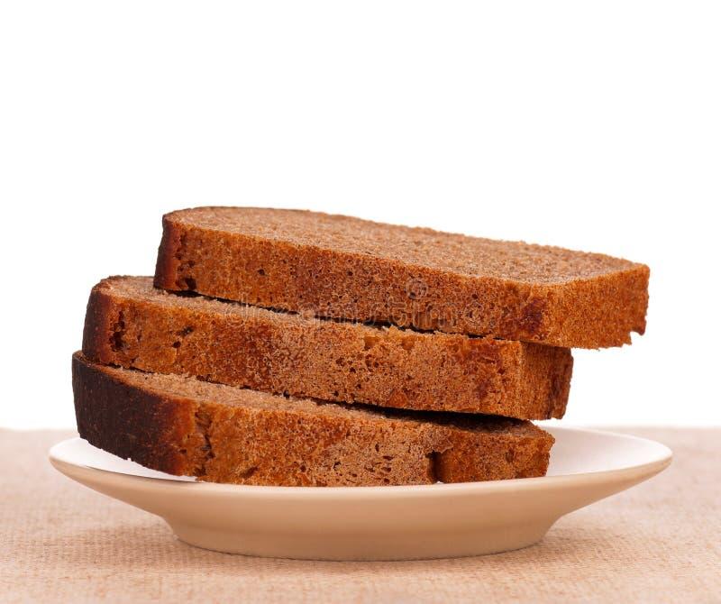 Pão de centeio cortado foto de stock royalty free