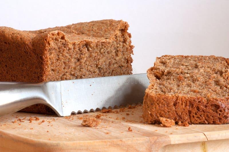 Pão de wholemeal recentemente cozido fotos de stock