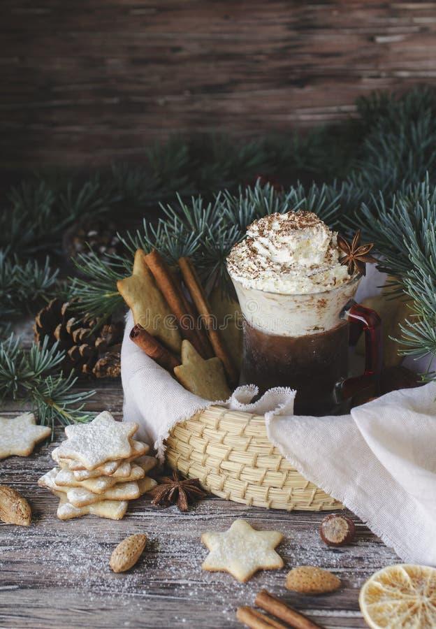 Pão do chocolate quente e do gengibre, Natal ou ano novo fotos de stock