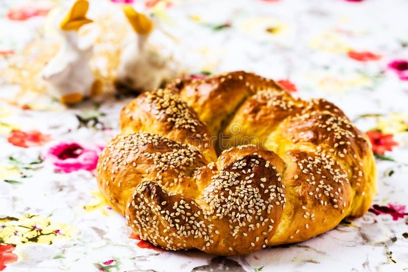 Pão doce da Páscoa. Páscoa feliz imagem de stock