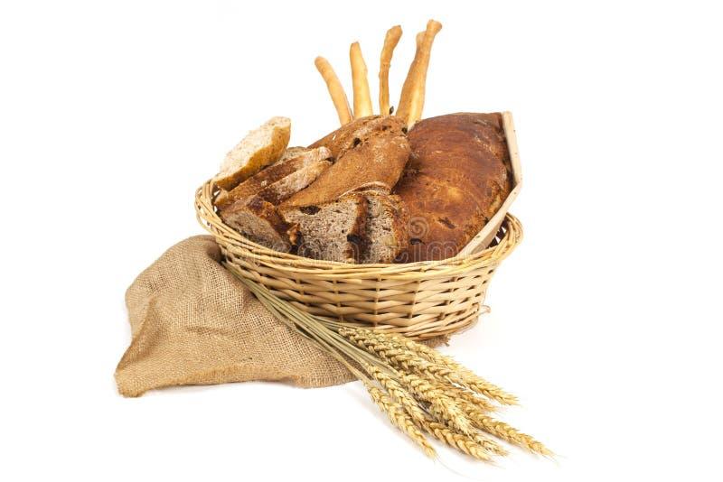 Pão e cereais no fundo branco foto de stock royalty free