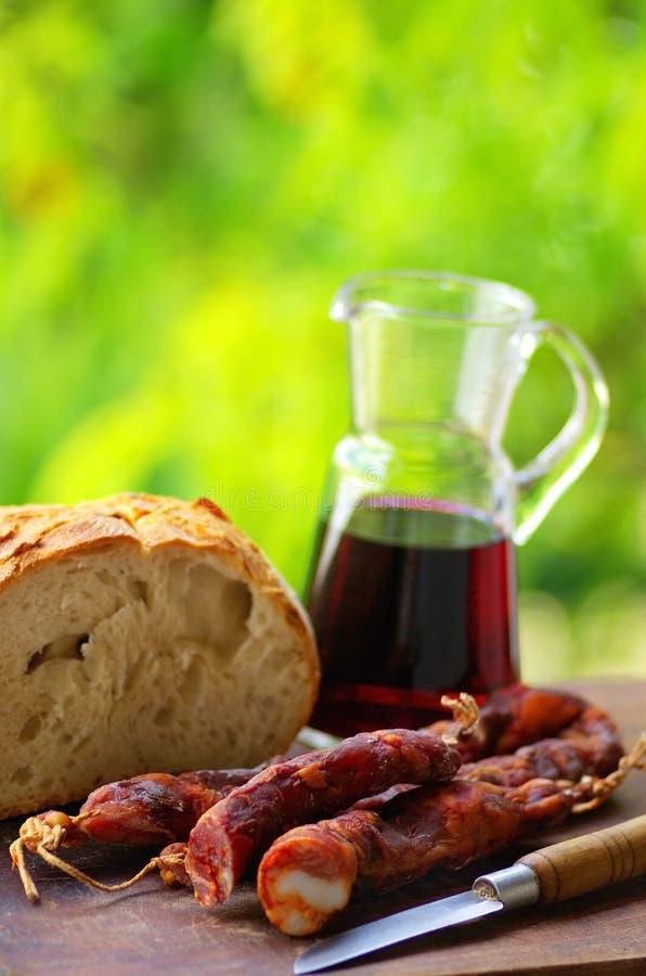 Pão e vinho da carne. foto de stock royalty free