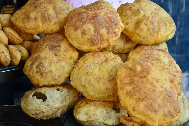 Pão fritado do indiano, bhatoora foto de stock royalty free