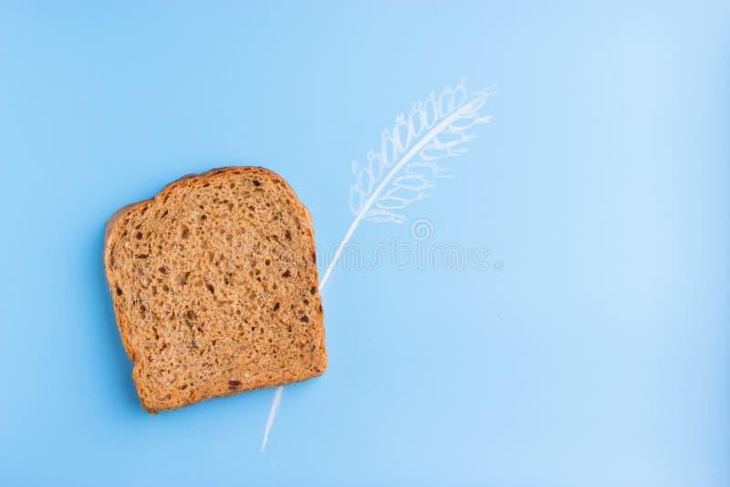 Pão inteiro da grão imagens de stock