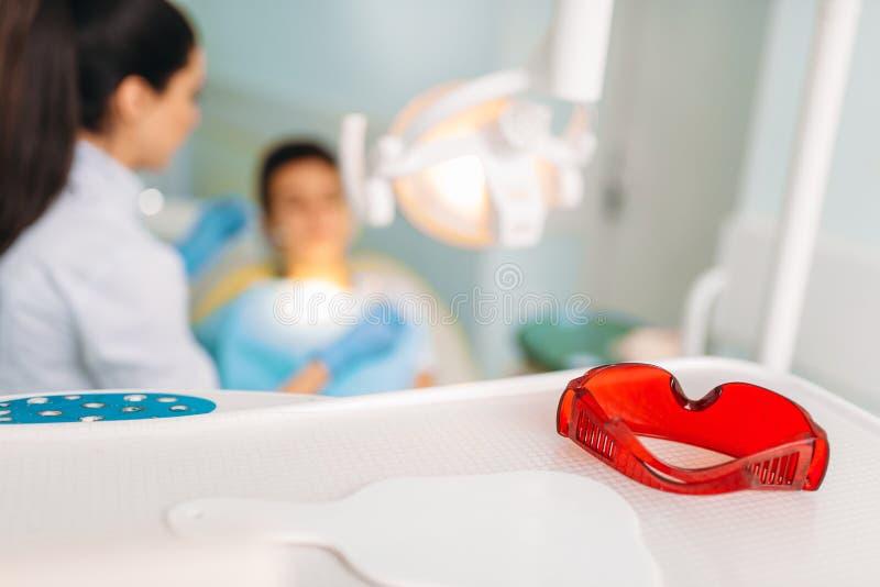 Pädiatrisches Zahnheilkundekonzept, Kinderstomatologie stockfotos