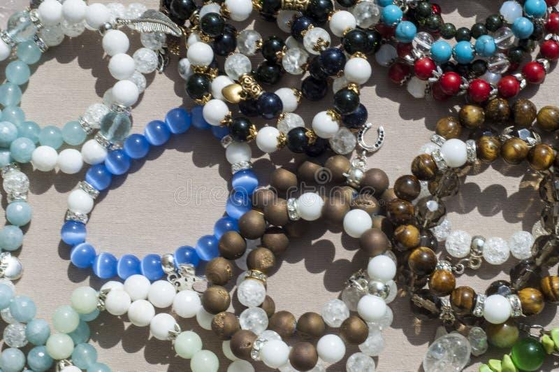 pärla chaplet som pryder med pärlor arkivbilder