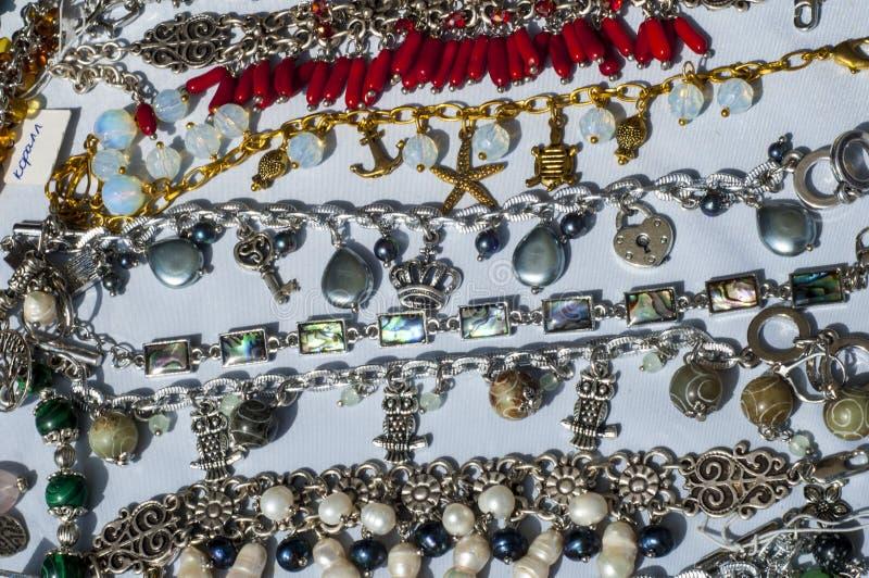 pärla chaplet som pryder med pärlor royaltyfria bilder
