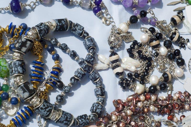 pärla chaplet som pryder med pärlor royaltyfria foton