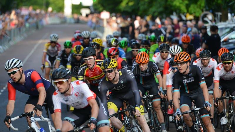 Pärlemorfärg Izumi Tour Series Bicycle Race final i badet England arkivbilder