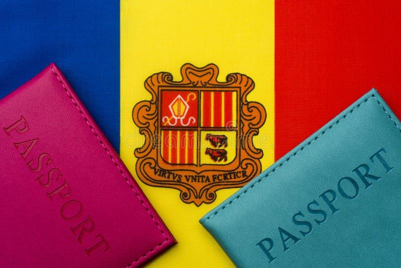 På flaggan av Andorra är ett pass arkivfoto
