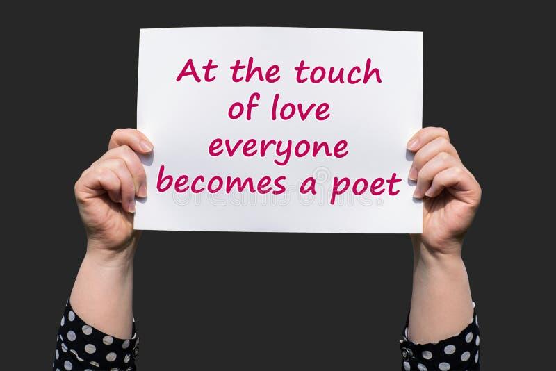 På handlaget av förälskelse blir alla en poet arkivbilder