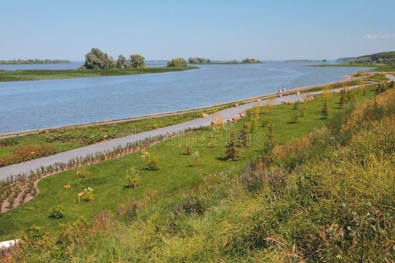 På kust av den Volga golfen Bulgariska Ryssland royaltyfri fotografi