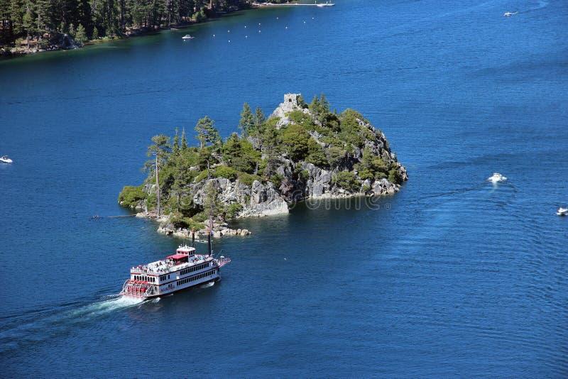 På Lake Tahoe royaltyfria bilder