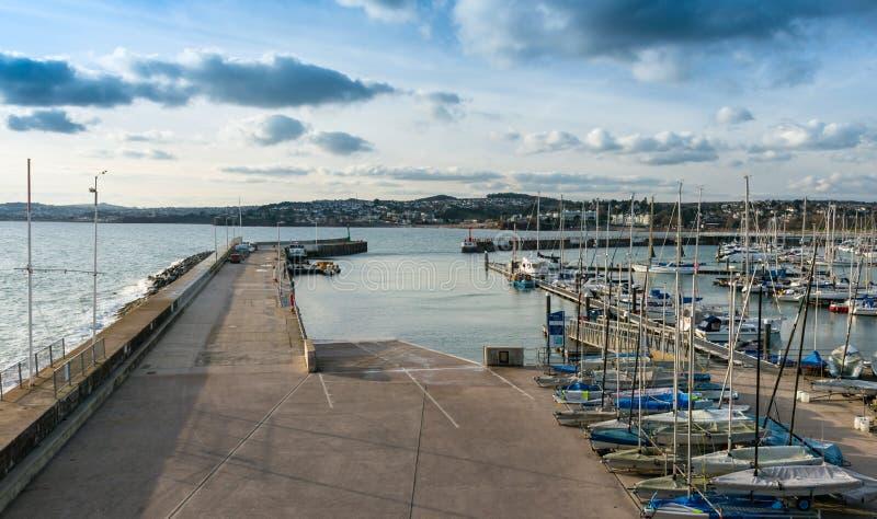 Påfart på Torquay den inre hamnen arkivfoton
