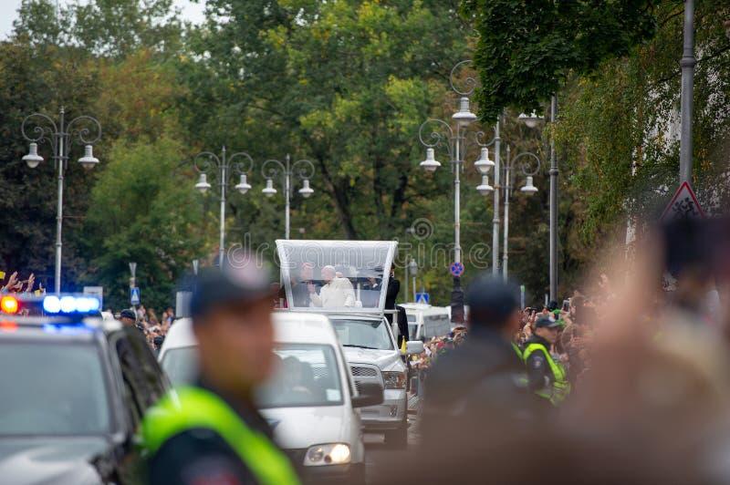 Påve Francis som besökas i Litauen royaltyfri bild
