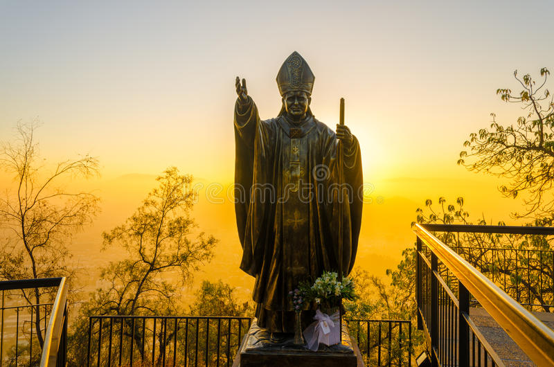 Påvestaty i Santiago, Chile arkivbild