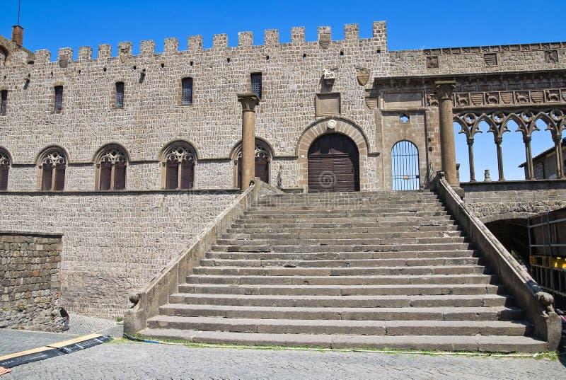 Påvlig slott. Viterbo. Lazio. Italien. fotografering för bildbyråer