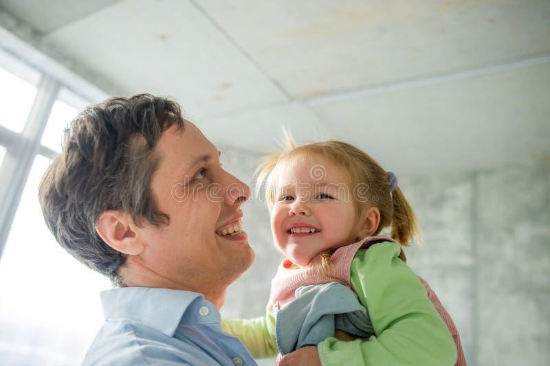 Père avec la petite fille photographie stock