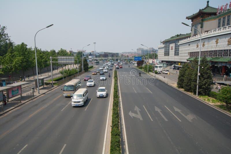 Download PÉKIN, CHINE Le 21 Mai 2016, Vue Sur Les Larges Routes De Pékin O Image éditorial - Image du porcelaine, architectural: 76087485