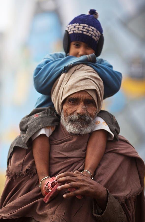 Pélerin indien et son fils photos libres de droits