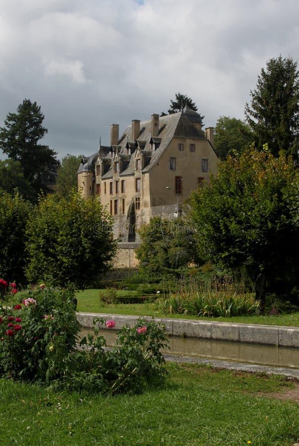 Péniche sur le canal du Nivernais, velo, en Bazois de Chatillon images stock