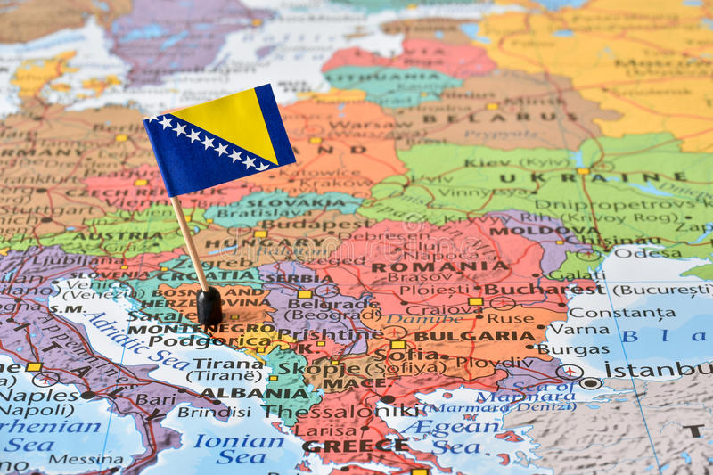 Péninsule balkanique, carte et drapeau de la Bosnie-Herzégovine image stock