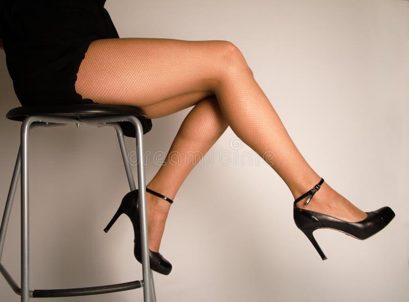 Download Pés da mulher foto de stock. Imagem de forma, sensualidade - 10054962