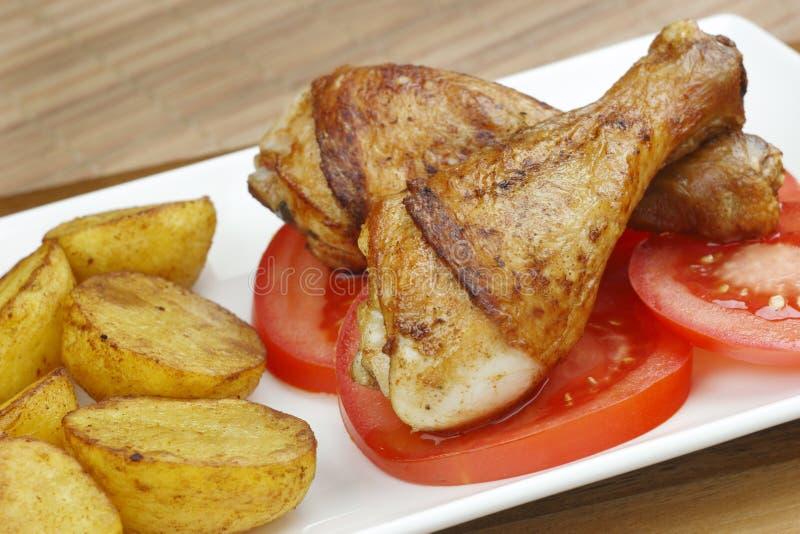 Pés de galinha com vegetais imagens de stock