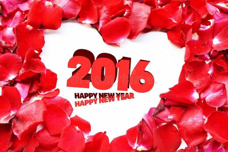 Pétalo de rosas del Año Nuevo 2016, espacio en blanco para los mensajes del amor fotografía de archivo