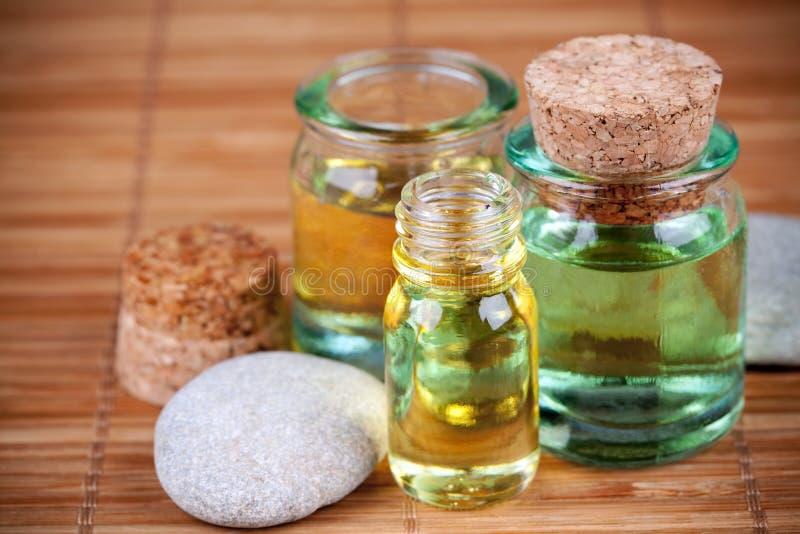 Pétrole d'Aromatherapy photographie stock libre de droits