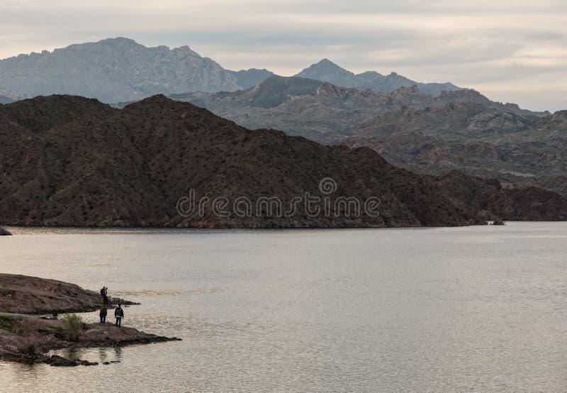 Pêche au Mohave de lac images stock