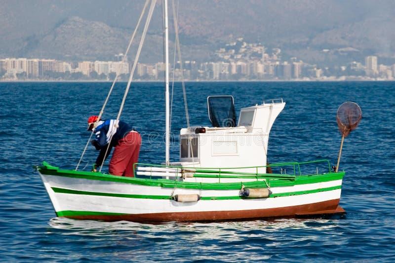 Pêche dans le méditerranéen image libre de droits