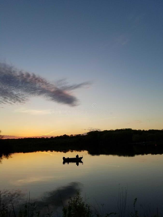 Pêche de crépuscule image libre de droits
