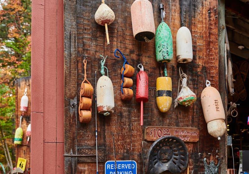 Pêche des balises au marché aux puces photographie stock libre de droits