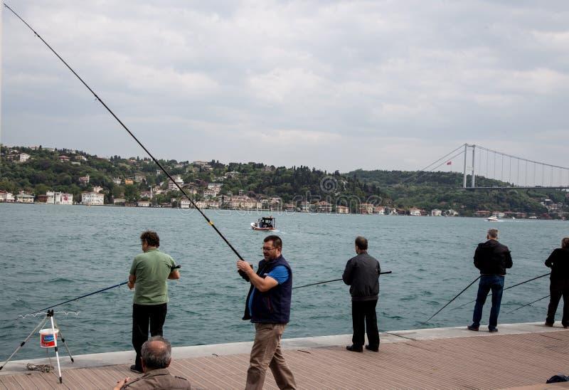 Pêcheur à Istanbul photographie stock libre de droits