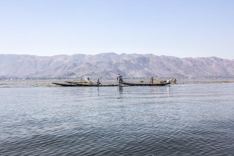 Pêcheur de Legrowing photographie stock