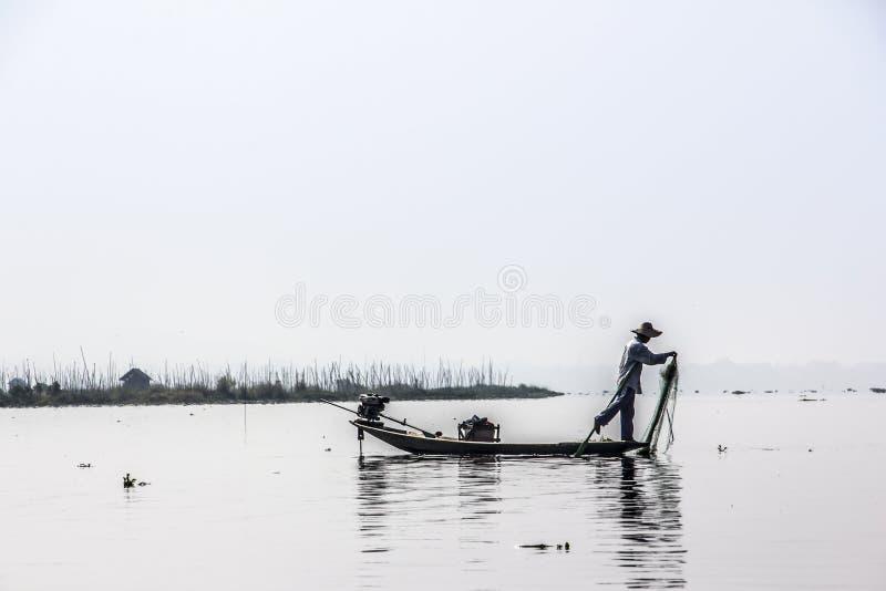 Pêcheur de Legrowing image libre de droits