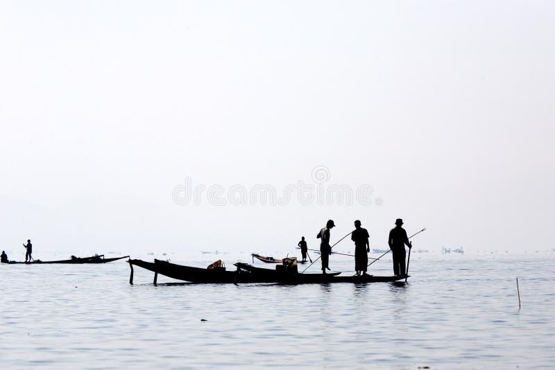 Pêcheurs au lac Inle photographie stock libre de droits